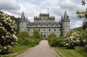 inveraray-castle-from-garden