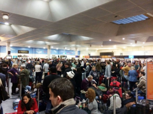 http://www.gosimply.com/blog/airport-survival-guide-making-the-most-of-delays/