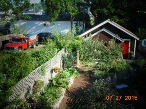 garden-and-dump-truck